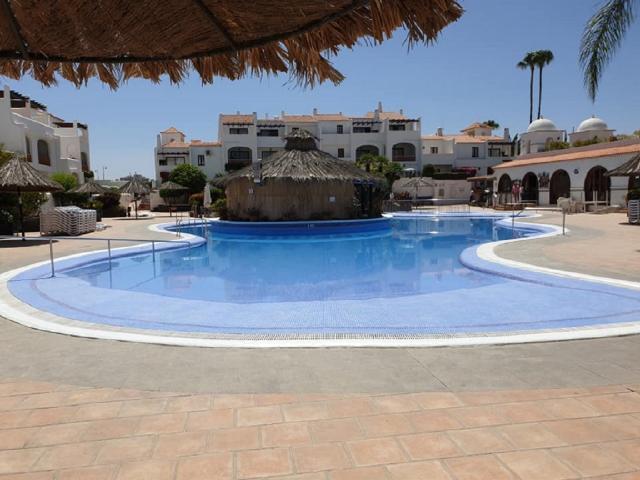 Heated pool - Fairways Club, Amarilla Golf, Tenerife