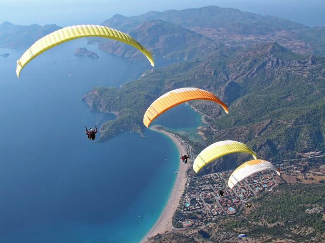 Paragliding over Callao - Tropical Park, Callao Salvaje, Tenerife