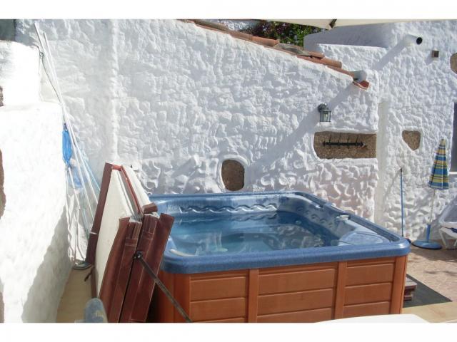 Relax in the hot tub under the stars - Finquita Strelitzia, San Miguel, Tenerife